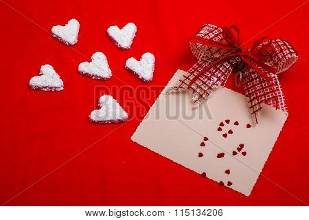 Valentines White Hearts And Gift Card Envelope