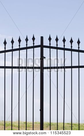 metal gate with sharp spears