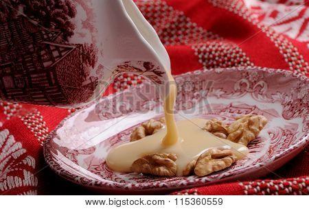 Dulce de leche with nuts