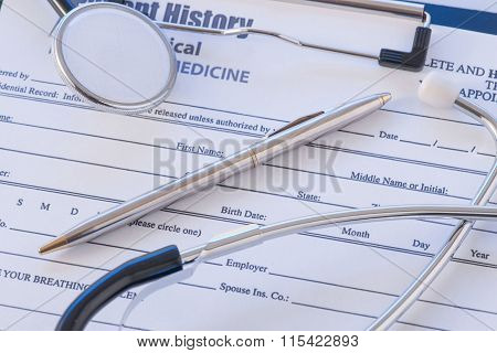 Doctors essentials are lying on the table.