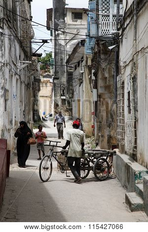 People In Stone Town. Zanzibar