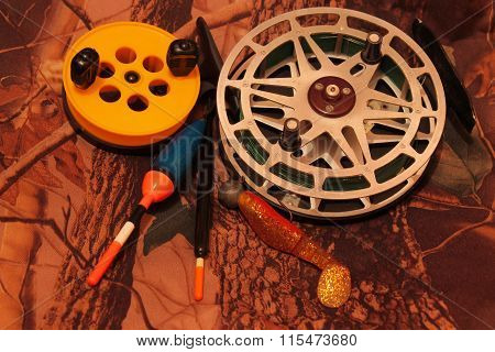fishing reels with floats and jig