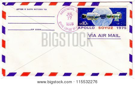 Usa - Circa 1975: Postage Stamp Printed In Usa, Shows Experimental Space Flight Soyuz Apollo With Sp