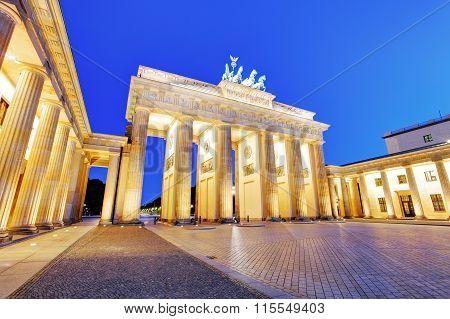 Sunlight Illuminating Brandenburg Gate (1788) Inspired By Greek Architecture, Built As A Symbol Of P