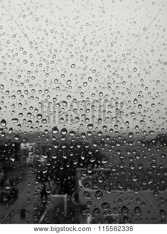Gotas na janela