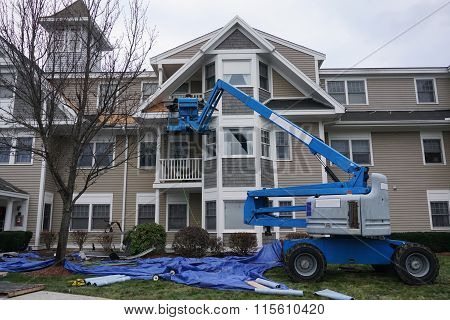 roof repair with elevator