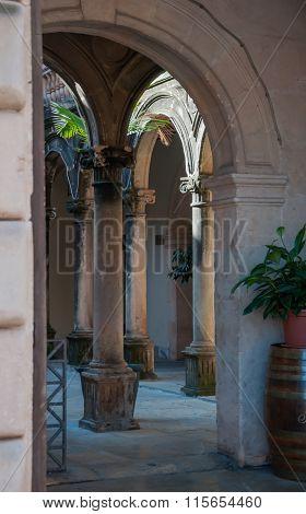 Entrance Pueblo Espanol