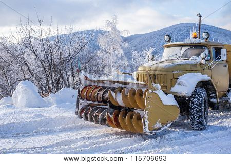 Heavy Snow Plough Truck