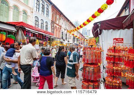 Chinese New Year Shopping In Singapore Chinatown