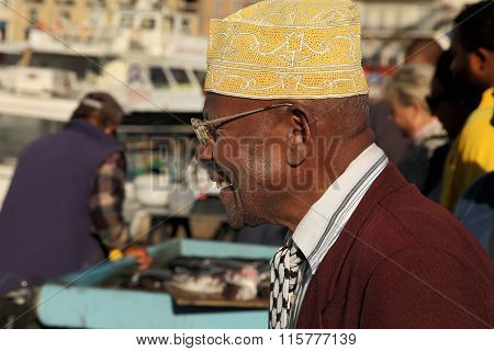 France, Marseille -november 19, 2015: The Buyer At The Fish Market In Marseille.  Old Port Of Marsei
