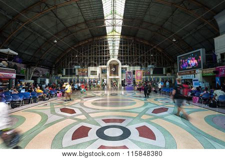 Inside The Main Departure Hall Of Hua Lamphong Railway Station, Bangkok, Thailand