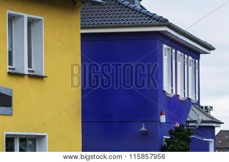 House With Alarm System