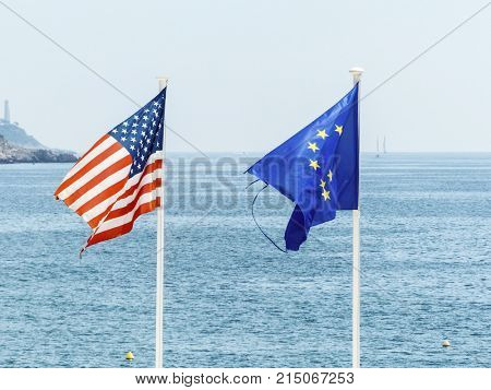 flags of the eu and the usa