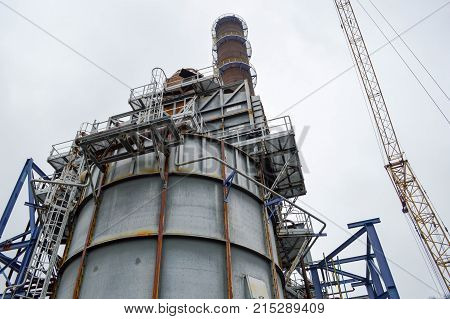 The chemical capacity and the pipe atsmithchemical plant. Manufacture of gasoline.