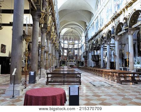 20.06.2017, Venise, Italy: Interior View Of A Old Italian Church