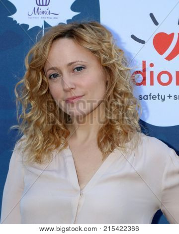 LOS ANGELES - NOV 19:  Annie Tedesco at the Diono Presents A Day of Thanks & Giving at Garland Hotel on November 19, 2017 in North Hollywood, CA