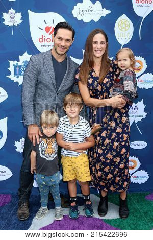 LOS ANGELES - NOV 19:  Michael Rady, Rachael Kemery, children at the Diono Presents A Day of Thanks & Giving at Garland Hotel on November 19, 2017 in North Hollywood, CA