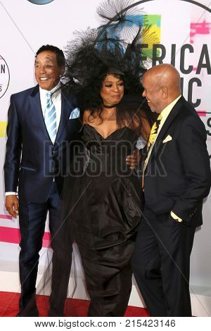 LOS ANGELES - NOV 19:  Smokey Robinson, Diana Ross, Berry Gordy at the American Music Awards 2017 at Microsoft Theater on November 19, 2017 in Los Angeles, CA