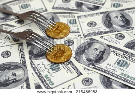 Bitcoin Getting New Hard Fork Change, Physical Golden Crytocurrency Coin Under The Fork On The Dolla
