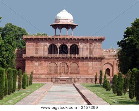 A Domed Building At Taj Mahal, Agra