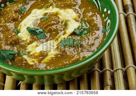 Creamy Indian Black Lentil Dal