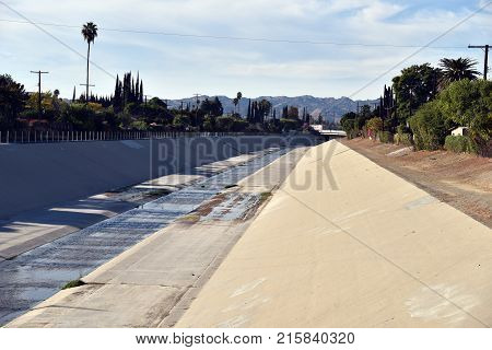 The Los Angeles river in the afternoon