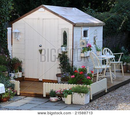 pretty summer house