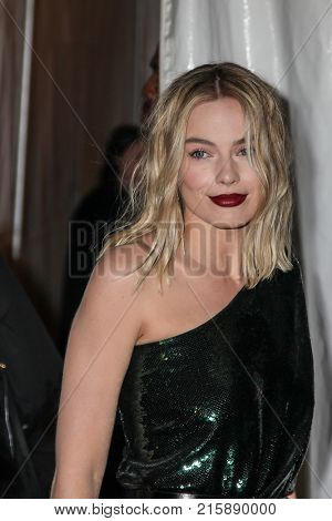 NEW YORK, NY - NOVEMBER 27: Margot Robbie attends the 2017 IFP Gotham Awards at Cipriani Wall Street.