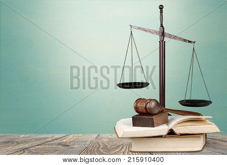 Justice scale judge judges gavel nobody horizontal freedom