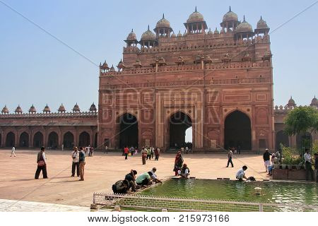 Fatehpur Sikri, India-january 30: Buland Darwasa (victory Gate) Seen From The Courtyard Of Jama Masj