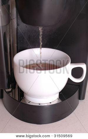 Home brewing coffee machine