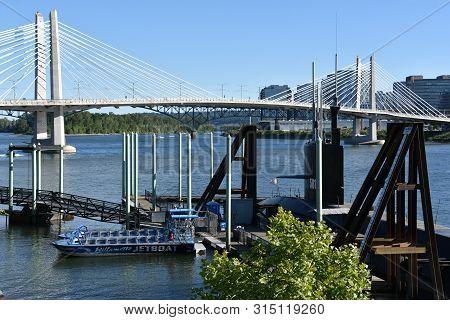 Portland, Oregon - Aug 25: Tilikum Crossing Bridge In Portland, Oregon, As Seen On Aug 25, 2018. It
