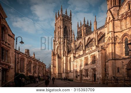 York, England, December 12, 2018: People Walking In The Streets That Surround The Magnificent York M