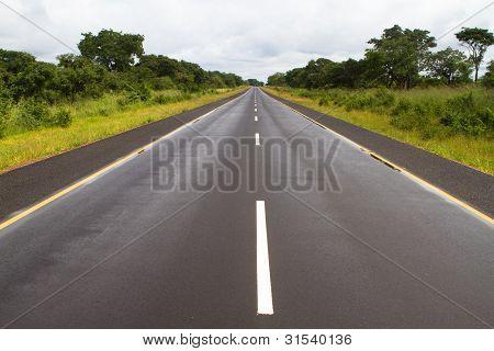 Afrikanische Teerstraße