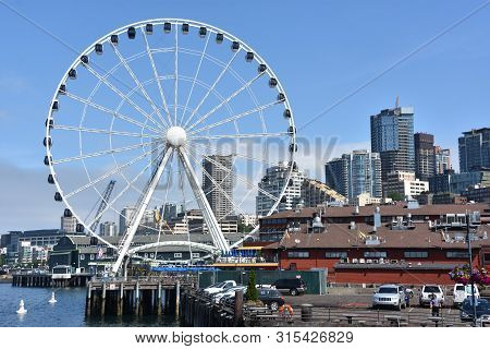 Seattle, Wa - Jul 15: View Of The Seattle Great Wheel At Pier 57 In Seattle, Washington, On July 15,