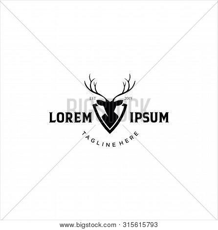Deer Hunt Logo Template / Elegant Deer Head Logo Designs Vector / Vintage Deer Elk Logo Design / Wil