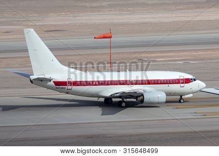 Las Vegas, Nevada, Usa - May 6, 2013: Boeing 737 Operated By Defense Contractor Eg&g (janet Airlines