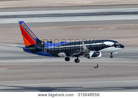Las Vegas, Nevada, Usa - May 6, 2013: Southwest Airlines Boeing 737 Aircraft Painted In A Special Se