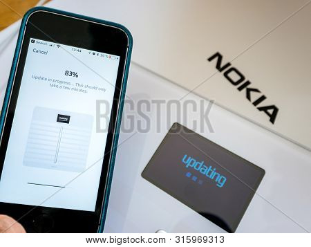 Paris, France - Sep 7, 2018: Updating Progress After Unboxing And First Setup Process Of New Nokia W