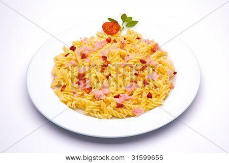 tomato pasta dish