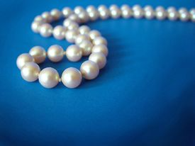 Pearls On Blue 3