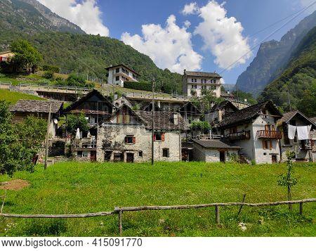 Frasco, Ticino, Switzerland - Pi Della Motta