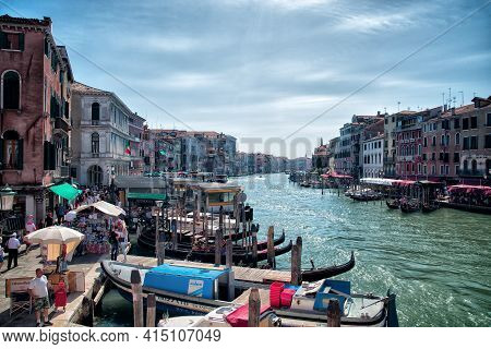 The Grand Canal In Venicebeautiful Grand Canal Venice Italy 31 August 2016