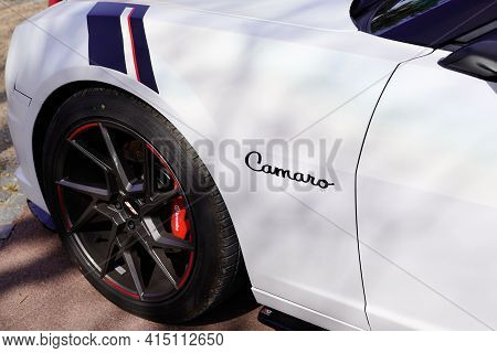 Bordeaux , Aquitaine France - 03 29 2021 : Chevrolet Camaro Logo Sign And Brand Text On Side White S