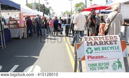 Oceanside, California Usa -20 Feb 2020 People Walking On Marketplace, Customer On Farmers Market. Ve