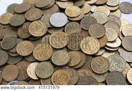 Small Russian Coins Close-up. Used Coins. View From Above. Coins In Denominations Of Five, Ten, Fift