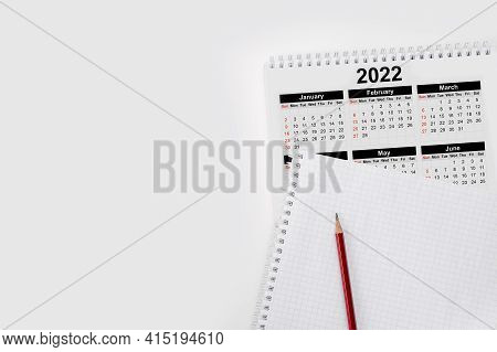 Calendar Year 2022 Schedule With Blank Note For To Do List On Paper Background. Flat Lay With Calend