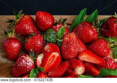 Appetizing Juicy Bright Strawberries, Sprinkled With Powdered Sugar - Vitamin Composition, The Taste
