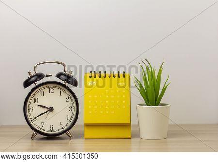 Desktop Calendar For April 2021. Calendar And Clock For Planning, Assigning, Organizing, And Managin