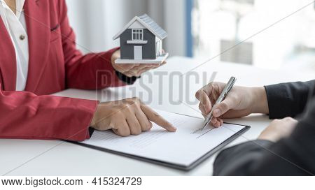 Signing a home purchase contract, sales manager has proposed terms and conditions to customers who s